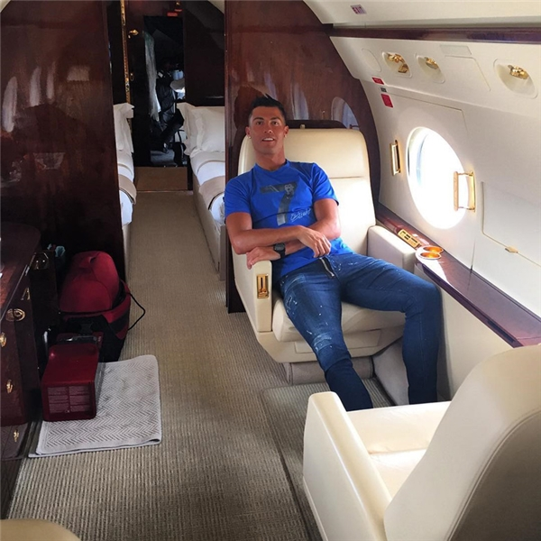 Lúc tai nạn xảy ra, Ronaldokhông có mặt trên máy bay.