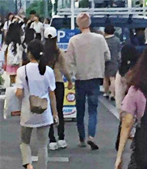 Phát ghen với hình ảnh tình tứ của vợ chồng Ahn Jae Hyun - Goo Hye Sun