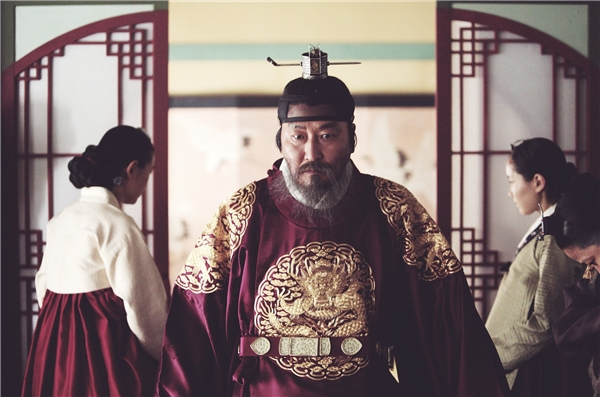 Diễn xuất bậc thầy của Song Kang Ho là một trong những điểm sáng của phim. (Ảnh: Internet)