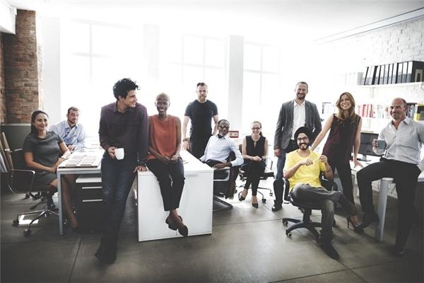 Bí quyết duy trì hứng khởi công việc cho hội bạn công sở