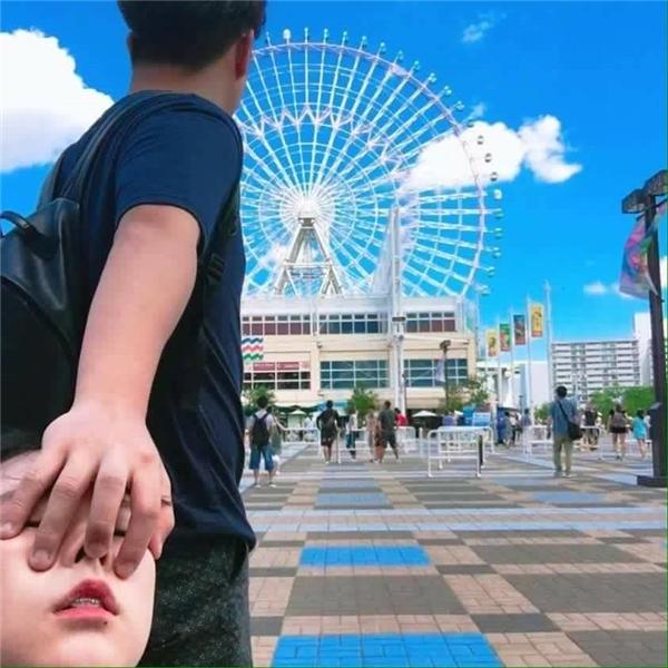Bộ ảnh được thực hiện bởi cô bạn có tên Kim Jang Mi và bạn trai mình trong thời gian cả hai thực hiện một chuyến du lịch ngắn ngày ở Nhật.