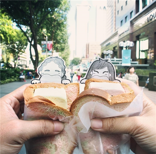 Không chỉ dừng lại ở cảnh đẹp mọi nơi, cặp đôi này còn check-in những tấm hình đồ ăn cực kì hấp dẫn, pha chút sống động khiến không ít người thèm thuồng khi nhìn những tấm hình vừa dễ thương, vừa ngon mắt.