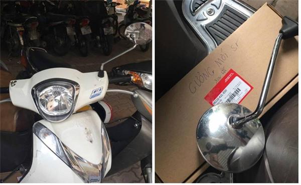 Hình ảnh chiếc xe bị gãy gương cùng chiếc gương mới mua đền kèm theo lời xin lỗi nhận được nhiều ủng hộ. (Ảnh:N.K.H)