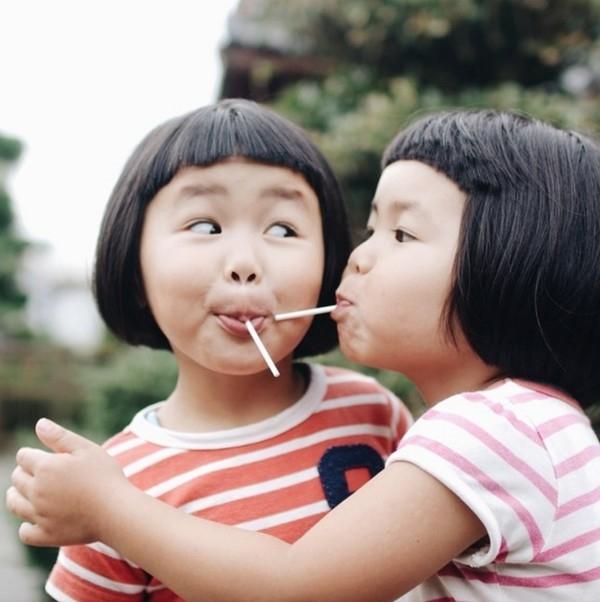 Khi rảnh rỗi, nhà thiết kế đồ họa Akira Ozawa thường có thói quen chụp ảnh để ghi lại những khoảnh khắc đẹp trong cuộc sống hàng ngày, những cuộc phiêu lưu khám phá thế giới xung quanh của các con