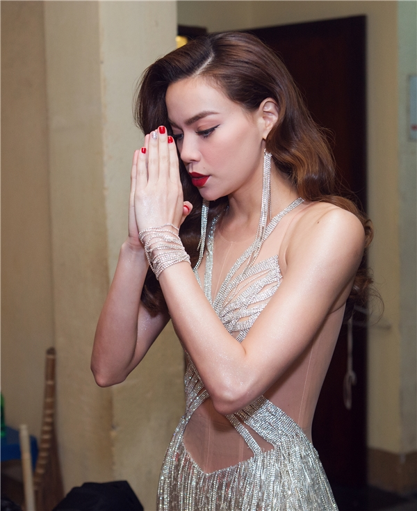 """""""Nữ hoàng giải trí"""" Hồ Ngọc Hà là một trong những khách mời được nhiều khán giả mong chờ tại Diamond Show lần này. - Tin sao Viet - Tin tuc sao Viet - Scandal sao Viet - Tin tuc cua Sao - Tin cua Sao"""