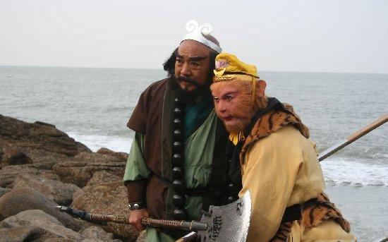 Dù có khả năng đi trong nước nhưng so về phương diện chiến đấu dưới nước, Tôn Ngộ Không chưa phải là đối thủ của Sa Tăng.