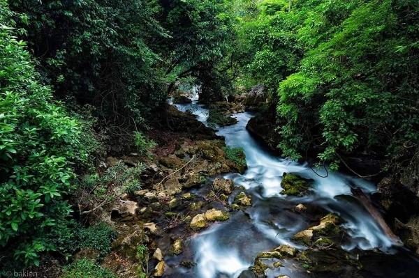Phong cảnh thiên nhiên hùng vĩ đến choáng ngợp tại Pác Bó