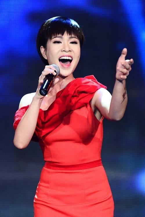 Ca sĩ Uyên Linh - Tin sao Viet - Tin tuc sao Viet - Scandal sao Viet - Tin tuc cua Sao - Tin cua Sao
