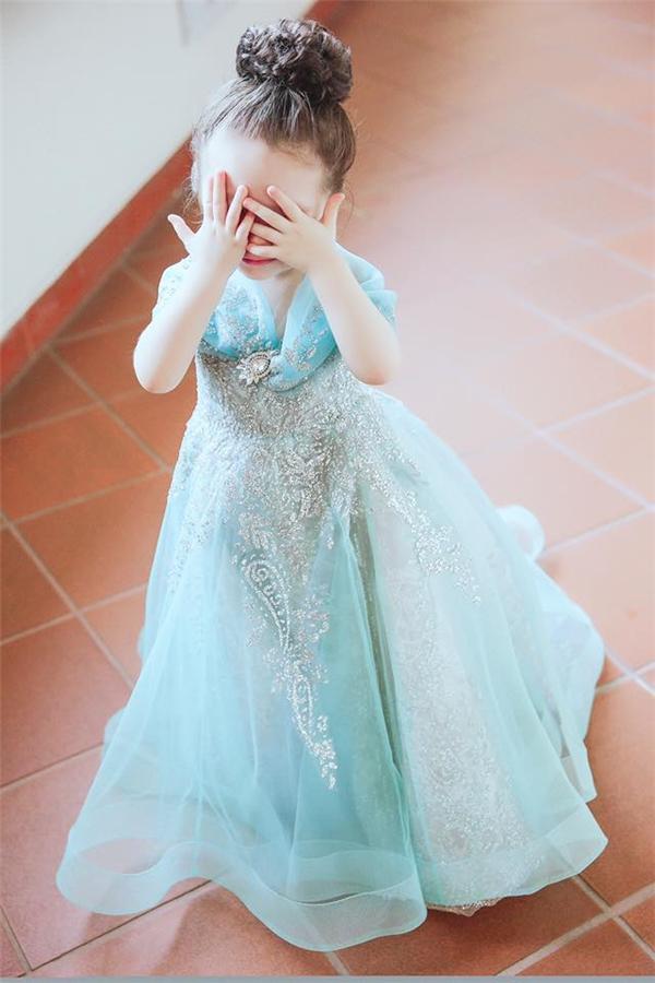 Cadie Mộc Trà hoá thân công chúa Lọ Lem làm chao đảo cộng đồng mạng - Tin sao Viet - Tin tuc sao Viet - Scandal sao Viet - Tin tuc cua Sao - Tin cua Sao
