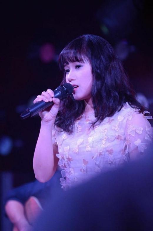 Những hình ảnh xinh đẹp như công chúa của Thùy Chi nhận được vô vàn lời khen ngợi từ cộng đồng mạng.