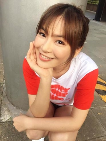 Rất đông dân mạng Trung Quốcvẫn cònhoài nghi về thông tinChen Yi là bạn gái củaDeng Jiahu 