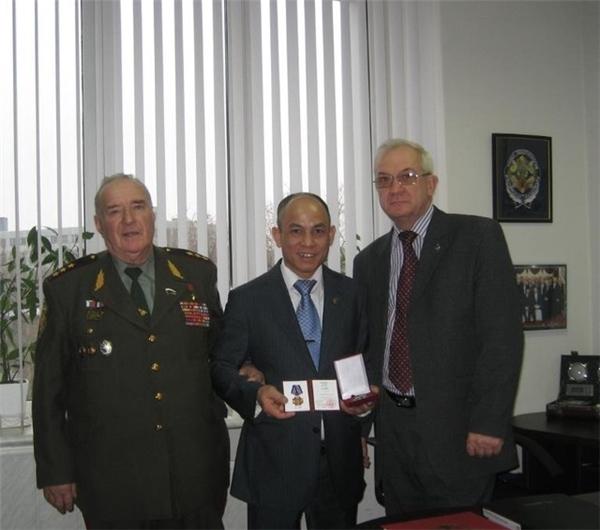 Gs. Vs Lương Ngọc Huỳnhtại Học viện An ninh LB Nga. (Ảnh: Internet)