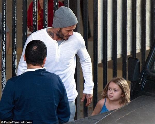 Tiểu công chúa nhà Beckham ngày càng xinh xắn và chững chạc
