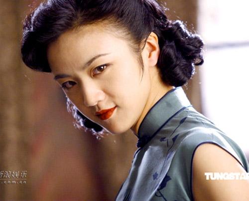 Sau bộ phim Sắc giới, cô nàng dù bị tẩy chay nhưng không thể phủ nhận nhan sắc ngày càng được nhiều điểm cộng.