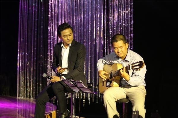 Nam diễn viên Quý Bình sẽ đảm nhận vai trò MC bên cạnh nhà báo Trác Thúy Miêu trong Solo Cùng Bolero 2016. - Tin sao Viet - Tin tuc sao Viet - Scandal sao Viet - Tin tuc cua Sao - Tin cua Sao