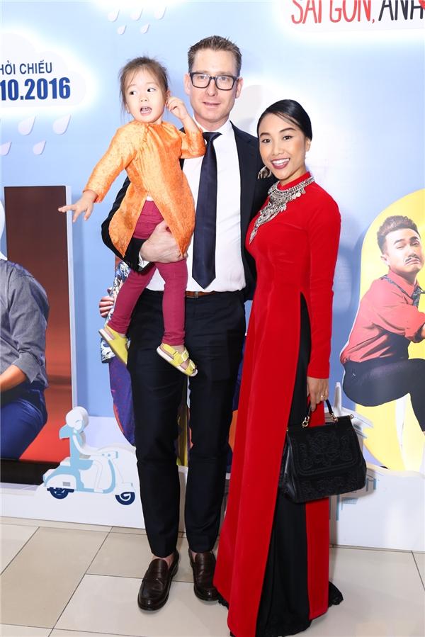 Gia đình nhỏ của ca sĩ Đoan Trang - Tin sao Viet - Tin tuc sao Viet - Scandal sao Viet - Tin tuc cua Sao - Tin cua Sao