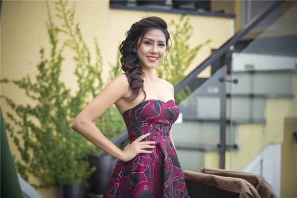 Nguyễn Thị Loan đang tham dự một khóa học nhảy cấp tốc cũng như tập trung trau dồi ngoại ngữ để chuẩn bị cho Miss Grand International 2016.