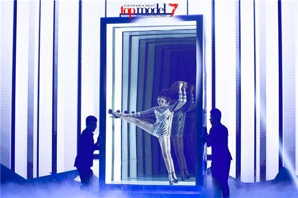 Hình ảnh chưa được công bố trong đêm chung kết VNTM 2016