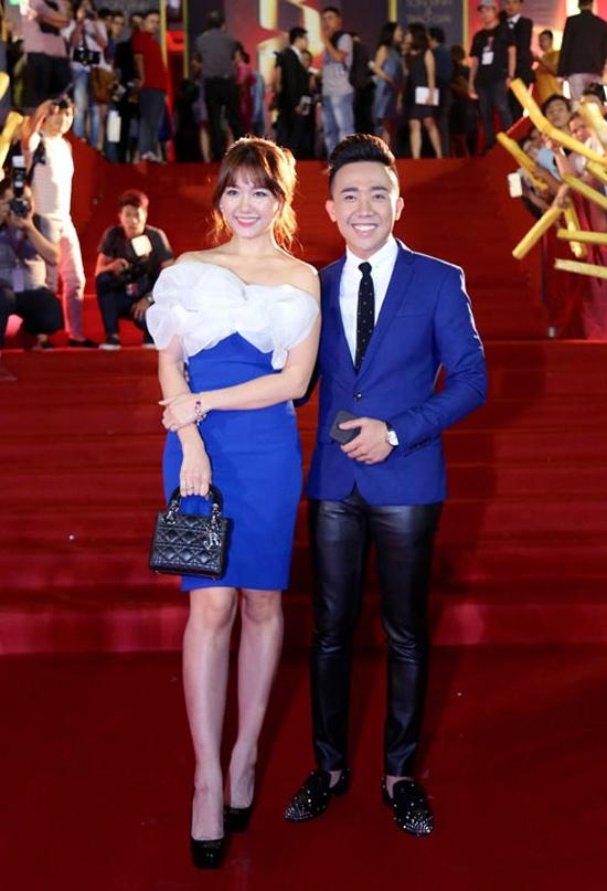 Sau khoảng thời gian phong cách ăn mặc có sự tiến bộ rõ rệt trên thảm đỏ, có thể thấy Hari Wonđang có một bước lùi về gu ăn mặc.