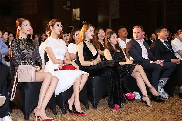 Hương Giang Idol quyến rũ không đối thủ khi dự sự kiện - Tin sao Viet - Tin tuc sao Viet - Scandal sao Viet - Tin tuc cua Sao - Tin cua Sao