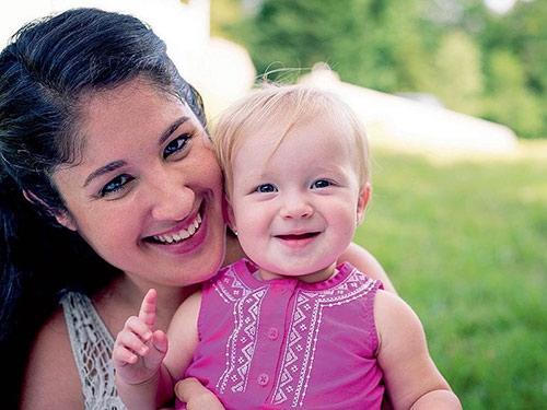 Một năm sau đó, cả hai mẹ con đều khỏe mạnh và hạnh phúc