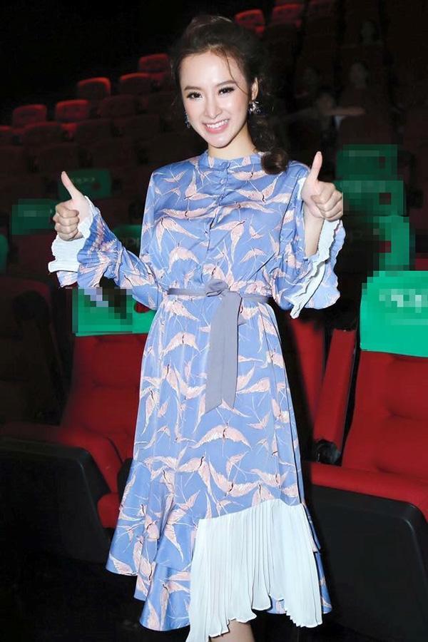 Những dáng váy bồng, xòe nhẹ nhàng, điệu đà luôn là lựa chọn hàng đầu của Phương Trinh khi theo đuổi phong cách cổ điển.