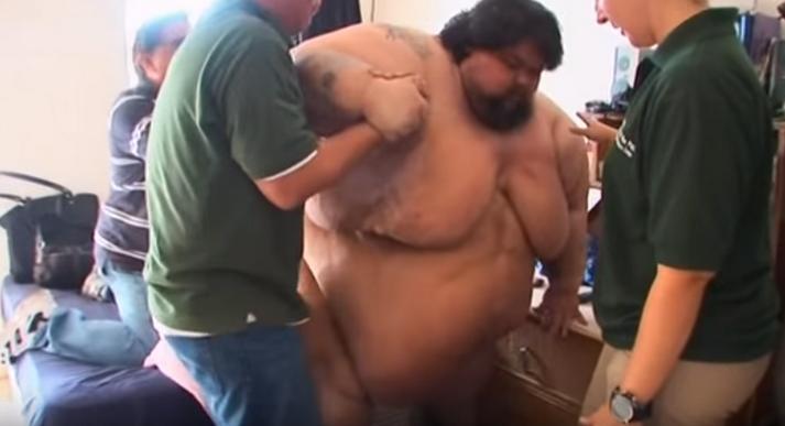 Chân dung củaRicky Naputi - người đàn ông nặng 400kg sống biệt lập trên một hòn đảo tại Thái Bình Dương