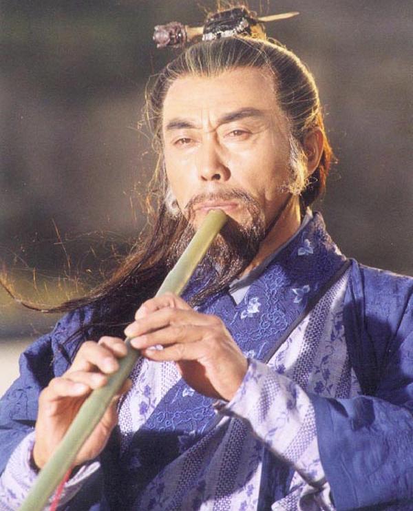 Đông Tà - Hoàng Dược Sư thổi khúc tiêu có uy lực vô song làm điên đảo thần hồn đối thủ.