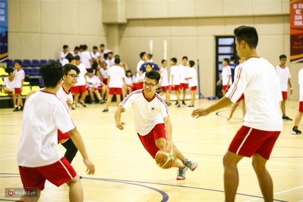 Những ngôi trường có khu thể chất hoành tráng, khiến học sinh hết ghét môn Thể dục!