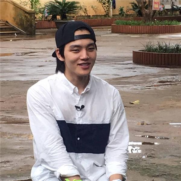 Yeo Jin Goo khoe vẻ điển trai, đầy nam tính trong trang phục giản dị