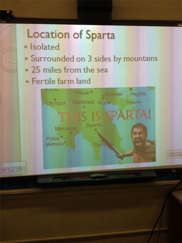Còn gì liên quan hơn khi dùng hình ảnh nhân vật Sparta để minh họa cho bài học lịch sử về địa danh này?