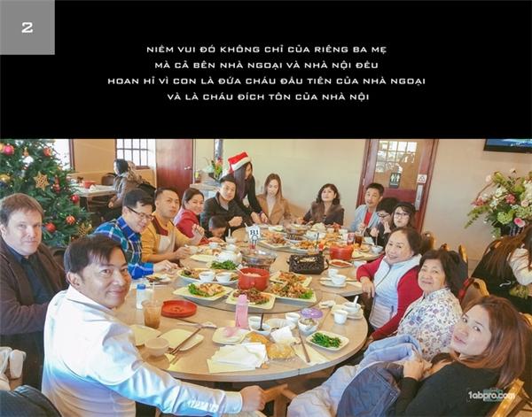 Mỗi bức ảnh là một giai đoạn kèm theo lời tâm sự và gửi gắm đầy yêu thương cho vợ và con của anh Vương