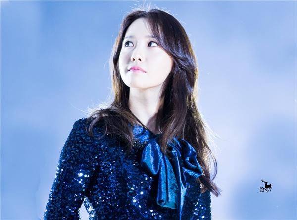 Đến cả khi báo mic hư, Yoona cũng khiến các fan chao đảo