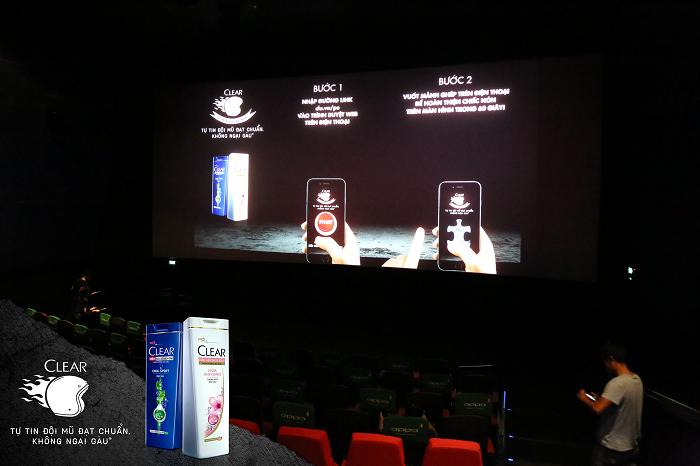 Cuối tuần này đến ngay rạp chiếu phim để nhận mũ bảo hiểm chuẩn ngầu!
