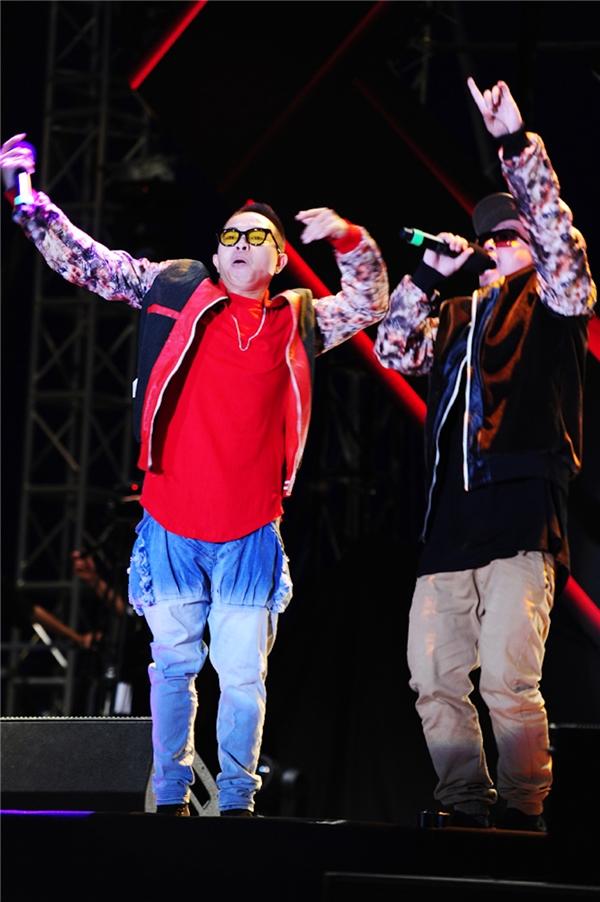Hai thành viên PB Nation - Phúc Bồ và Hà Lê hứa hẹn sẽ mang đến phần trình diễn thú vị cho khán giả trong Monsoon Music Festival 2016.