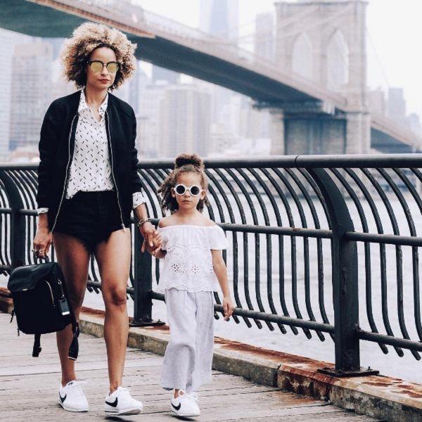 """Choáng trước hình ảnh cặp mẹ con mặc """"chất lừ"""" như fashionista"""
