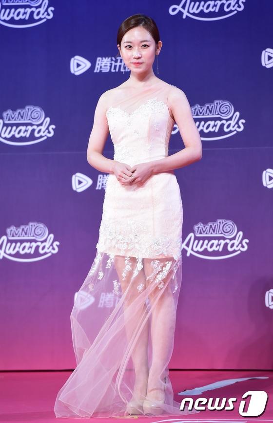 """Nữ diễn viên sở hữu nhan sắc """"có hạn"""" nhưng tài năng có thừa. Kim Seul Gi"""
