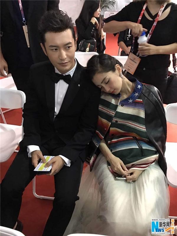 Những hình ảnh ngọt ngào gần đây của hai vợ chồng Huỳnh Hiểu Minh - AngelaBaby