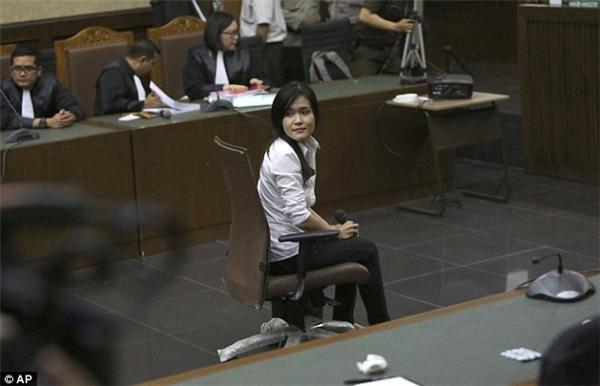 Trong phiên tòa xét xửvào ngày 5/10 vừa qua, Jessica Wongso vẫn một mực chối bỏ hành vi tội ác của mình.