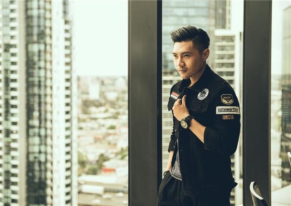 Nam diễn viên Trần Tuấn Lương là đại diện bộphim tham dựđể giao lưu, giải đáp những câu hỏi thắc mắc của kiều bào tại Úc.