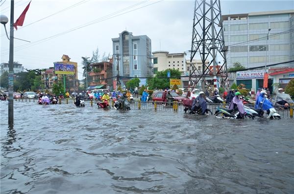 Sài Gòn sẽ ngập nặng trong 10 ngày tới do triều cường cao nhất năm