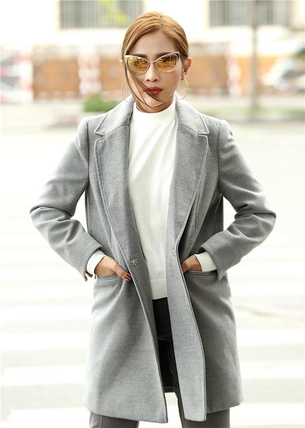 Khả Như bất ngờ ăn mặc đẹp không thua kém các fashionista