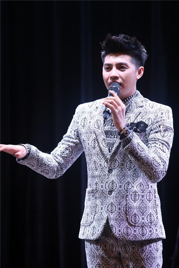 Noo Phước Thịnh liên tục bắn tim khi gặp gỡ fans quốc tế - Tin sao Viet - Tin tuc sao Viet - Scandal sao Viet - Tin tuc cua Sao - Tin cua Sao