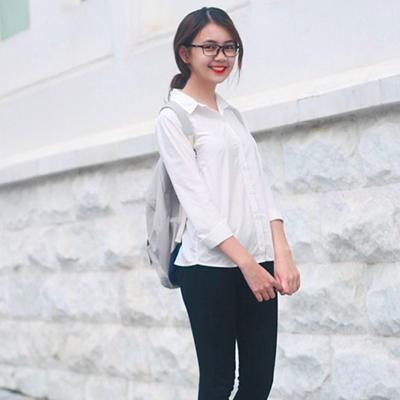 Nguyễn Quỳnh Chi trong trang phục giản dị thường ngày.