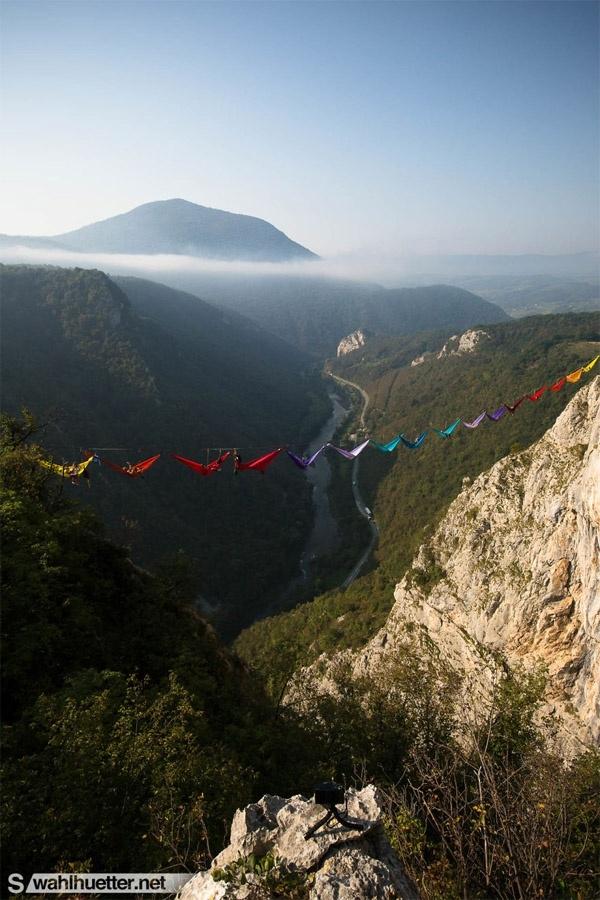 Cái nhìn toàn cảnh về khu vực núi đá.(Ảnh: Internet)
