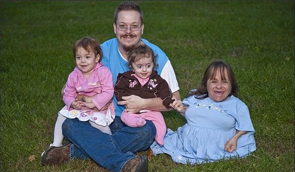 Ước muốn được làm cha mẹ của vợ chồng Will và Staceyđã thành hiện thực.(Ảnh: Internet)