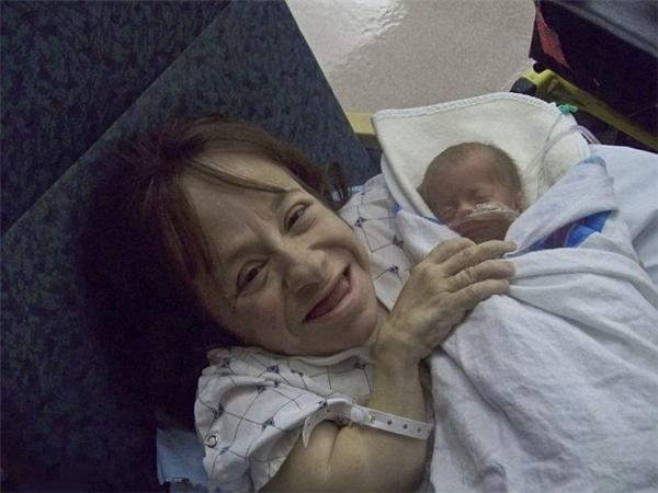 Staceysẵn sàng đánh đổi mạng sống để sinh con.(Ảnh: Internet)