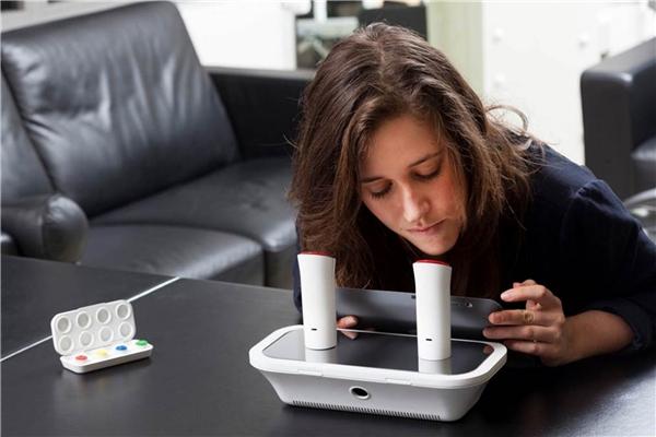 Khó tin bạn có thể dùng iPhone để gửi cả...mùi hương
