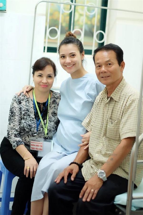 Hoa hậu Ngọc Hân khoe con gái đầu lòng của Hồng Quế - Tin sao Viet - Tin tuc sao Viet - Scandal sao Viet - Tin tuc cua Sao - Tin cua Sao