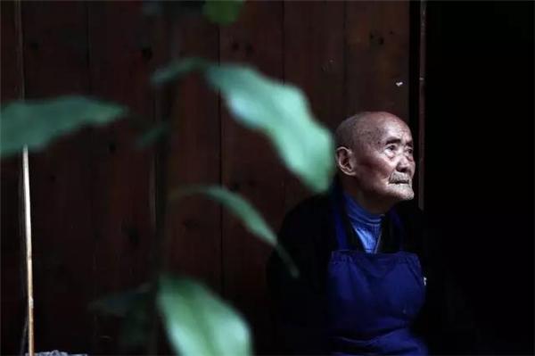 Cụ Xi Wencai 93 tuổi.